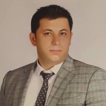 دکتر علی حسینی