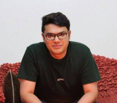 دکتر عبدالکریم حاجی قادری