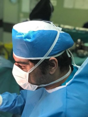 دکتر احسان حسین زاده